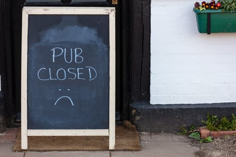 Pubs and restaurants should stay shut until May - what scientists are saying