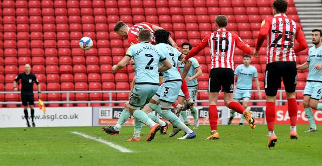 Charlie Wyke scores Sunderland's second goal