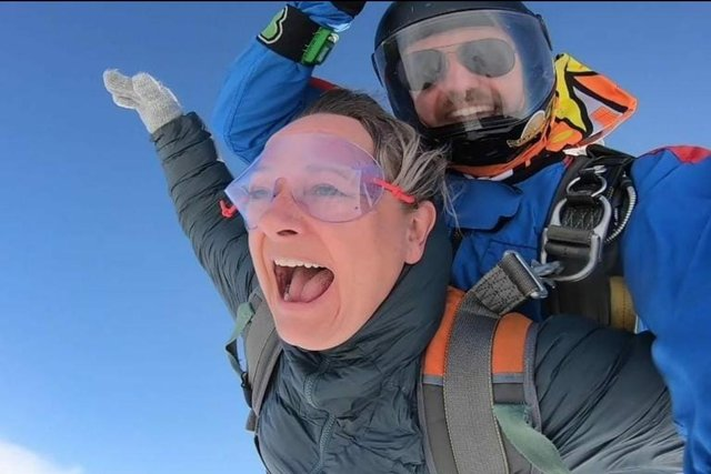 Lisa Dove Wartson was one of the runners to jump from the plane.