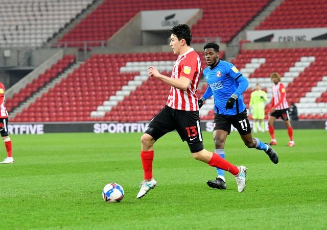 Luke O'Nien in action for Sunderland