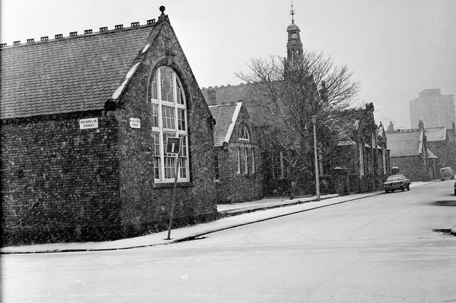 """Suzanne Tibbo was among those who went to Stansfield Street School, pictured in 1973, and said: """"I was there in the year that photo was taken. I was one of the last pupils at that school. I think that the infants was built onto Dame Dorothy by the time of my last year in infants. We were all transferred over and Stansfield became part of Sunderland College I think."""""""