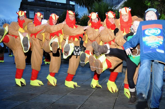 The annual Turkey Trot hospice fundraiser held in Mowbray Park. Do you recognise this scene from the 2013 event?
