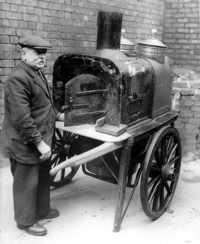 Jackie Reay pictured with his hot potato stand.