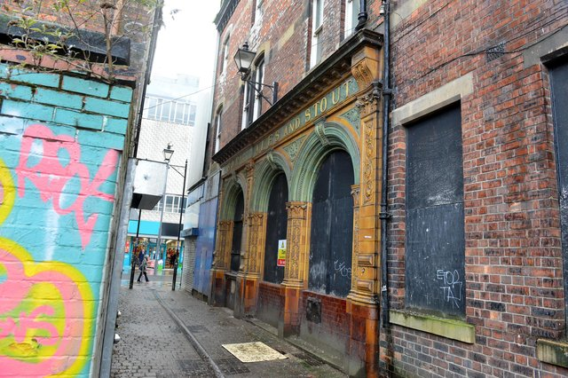 The historic pub facade in Pann Lane