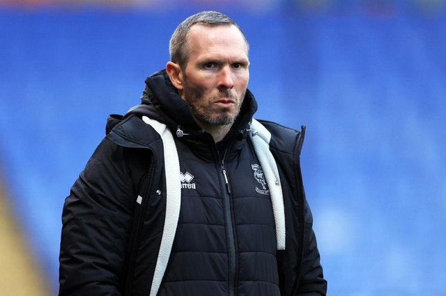 Michael Appleton , manager of Lincoln Town.