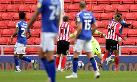 Lee Johnson delivers this honest verdict on Sunderland's defeat to Charlton Athletic