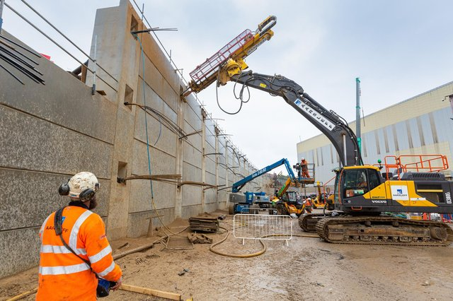 New figures released show that £17.1m – 43 per cent of the total scheme procurement – has been spent with local SMEs on a major highways scheme in the City of Sunderland