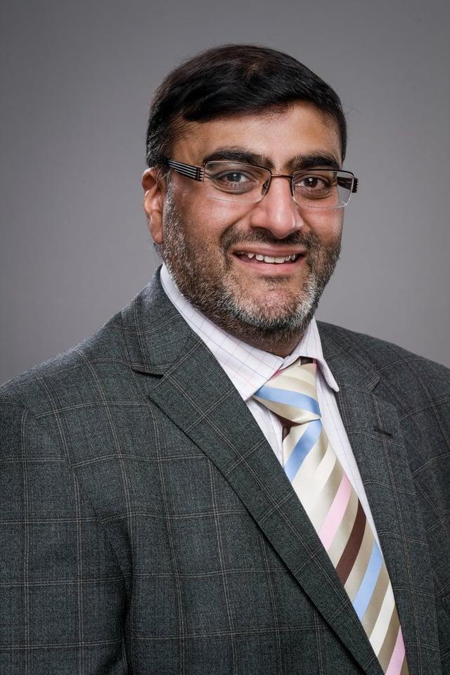 Dr Shaz Wahid