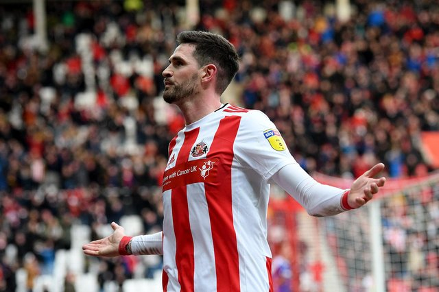 Kyle Lafferty has dropped a hint over his next move after leaving Sunderland