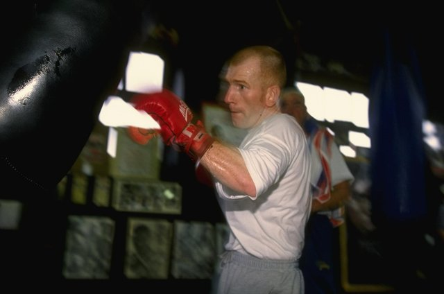 25 Apr 1997:  Billy Hardy of England on the heavy bag during a training session at a gym in Sheffield, England.