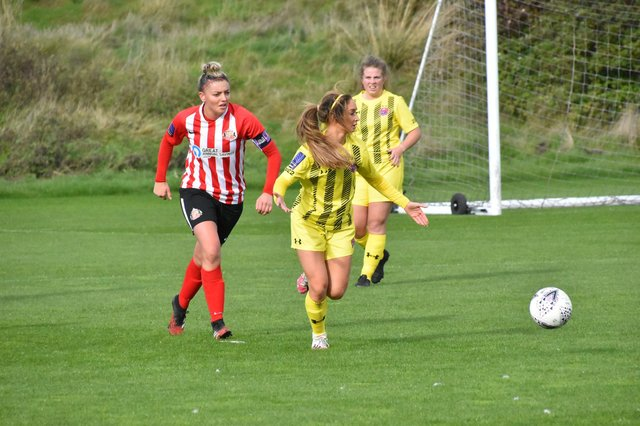 Sunderland Ladies captain Keira Ramshaw in action - photo by Colin Lock.