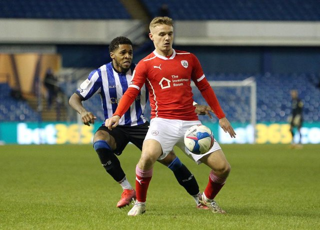 Sunderland have been linked with a move for Barnsley winger Luke Thomas.