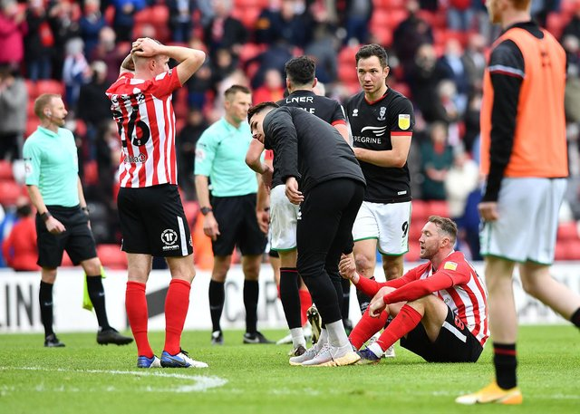 Sunderland's players dejected at the final whistle