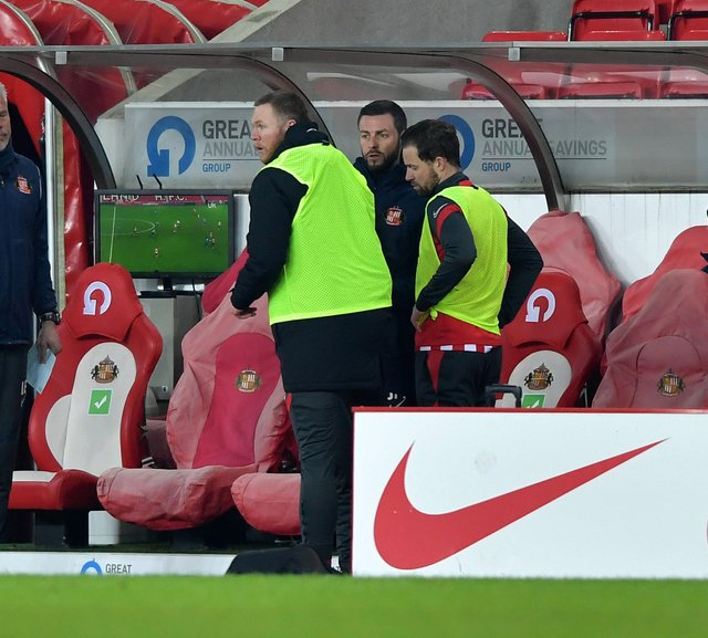 A change in the dugout and the moment that showed Sunderland were out-of-sync against Swindon Town