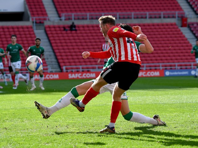 Who impressed for Sunderland against Lincoln?