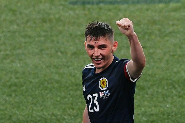 Chelsea midfielder Billy Gilmour is reportedly attracting interest from Newcastle United. (Photo by FACUNDO ARRIZABALAGA/POOL/AFP via Getty Images)