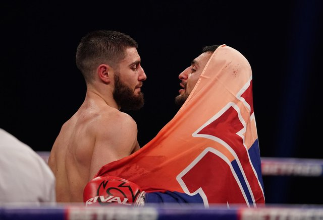 Josh Kelly and David Avanesyan after their contest.