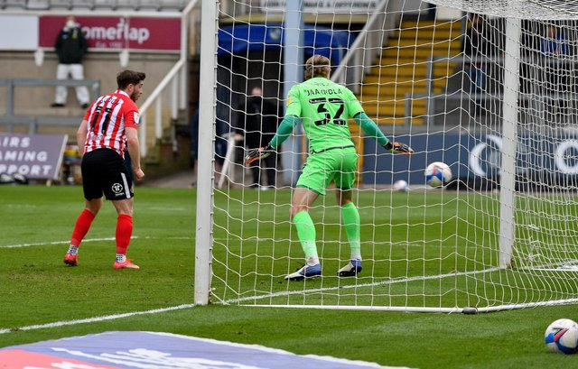 Aiden O'Brien puts Sunderland in the lead