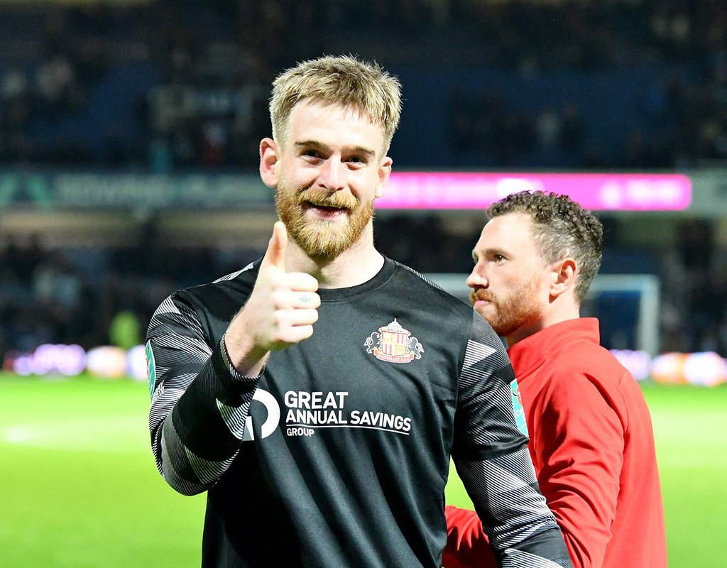Lee Burge reveals thoughts on Thorben Hoffmann's arrival, Sunderland's new style and David Preece's role in QPR cup win