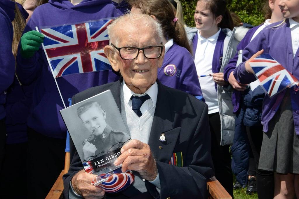 Sunderland Death Railway survivor Len Gibson donates fascinating memoirs to Daft as a Brush cancer charity