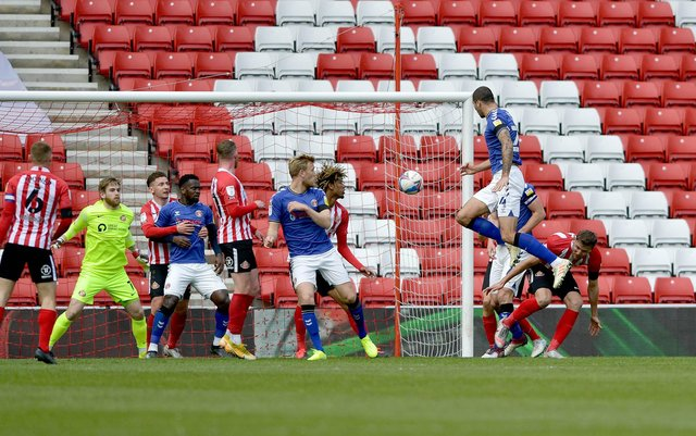 Charlton take the lead in the first half at the Stadium of Light