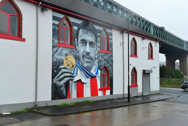 The Kevin Phillips mural painted on the side of The Times Inn.  Picture by Frank Reid