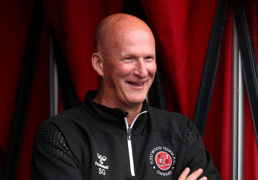 'One of the most talented players in the division': Simon Grayson delivers verdict on Sunderland squad as Fleetwood boss aims to increase Cats' pressure