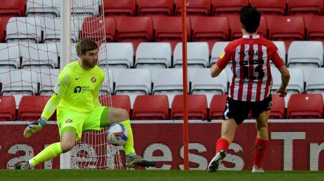 Lee Burge makes a key save at the Stadium of Light